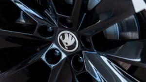 Autohaus Herold, Fahrzeugangebote, Felgenabdeckung mit ŠKODA-Logo